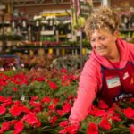 Lowe's Plans to Hire 53,000 Retail Workers for Spring